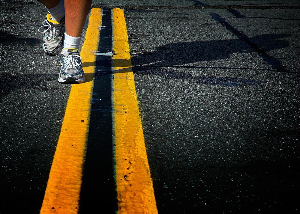 marathon running road