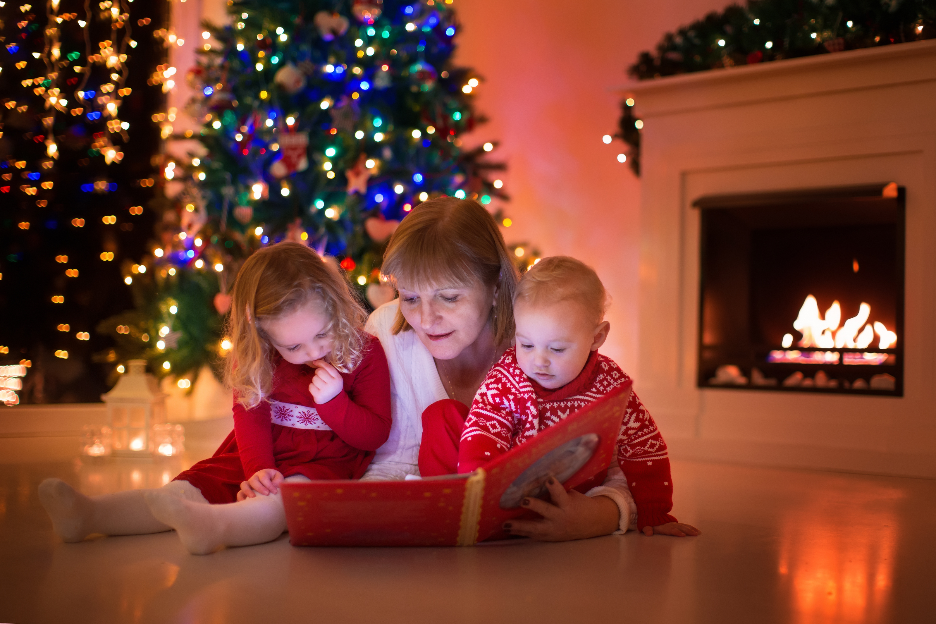 How to teach your kids the Christmas story - 98.5 KTIS 98.5 KTIS