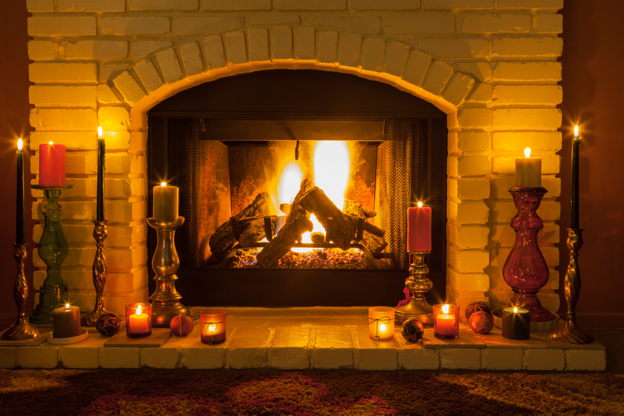 Fireplace With Christmas Music.No Fireplace No Problem Here S A Fireplace Video With